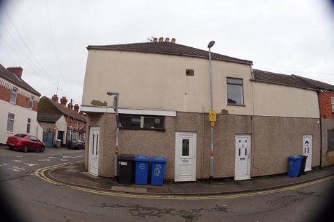2 bedroom flat to rent - Wellington Street - Kettering