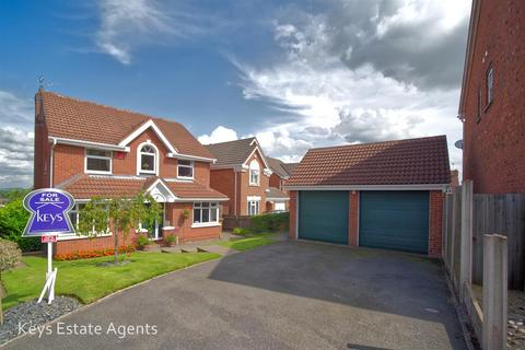 4 bedroom detached house for sale - Hobby Close, Meir Park,