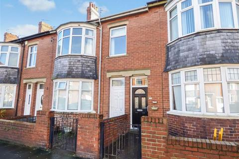 2 bedroom flat to rent - Balmoral Gardens, North Shields