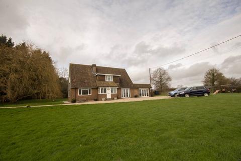 4 bedroom detached house to rent - Beacon Lane, Staplecross