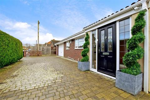 4 bedroom detached bungalow for sale - Bell Way, Kingswood, Maidstone, Kent