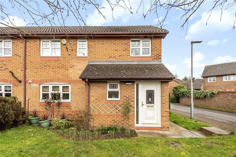 3 bedroom semi-detached house for sale - Mansfield Avenue, Ruislip, Middlesex, HA4