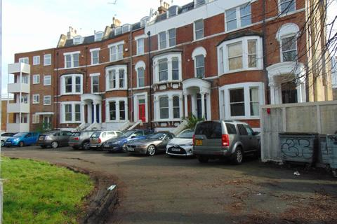 2 bedroom flat for sale - Brixton Hill, London
