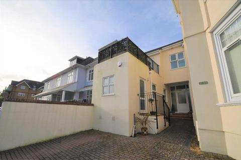 2 bedroom house for sale - Alum Chine