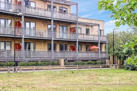 2 bedroom apartment for sale - Walnut Court Woodmill Road, London