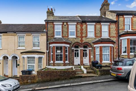 3 bedroom terraced house for sale - Lascelles Road, Dover, CT17