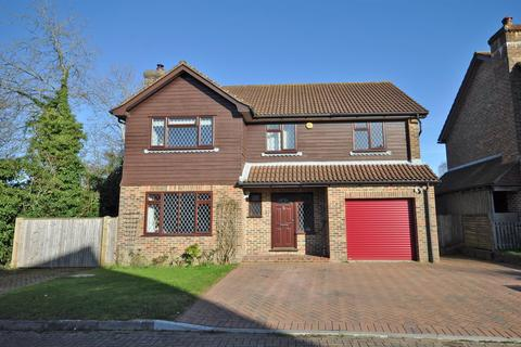 5 bedroom detached house for sale - Sheppey Walk, Hailsham