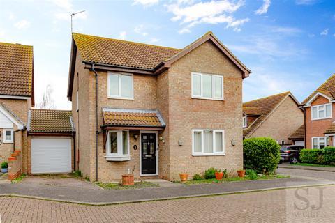 3 bedroom link detached house for sale - Leslie Park, Burnham-On-Crouch