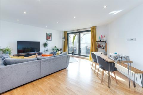 2 bedroom flat to rent - Prince Edward Road, Hackney Wick, London, E9