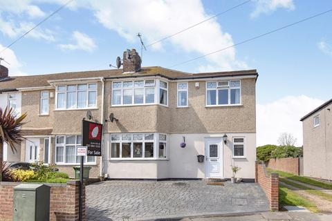 4 bedroom end of terrace house for sale - Radnor Avenue Welling DA16