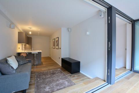 1 bedroom flat for sale - Bruges Place, London, NW1