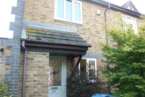 2 bedroom terraced house to rent - Lark Vale, Watermead, Aylesbury