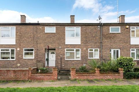 4 bedroom terraced house for sale - Revell Rise London SE18