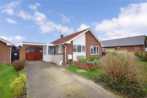 2 bedroom detached bungalow for sale - Windmill Road, Herne Bay, Kent
