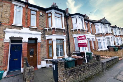3 bedroom terraced house for sale - Winchester Road, Highams Park, E4