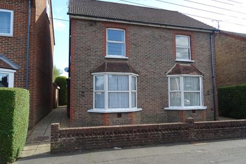 1 bedroom flat to rent - Triangle Road, , Haywards Heath, RH16 4HW