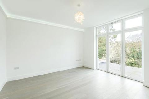 2 bedroom flat for sale - Great North Road, Highgate, London, N6