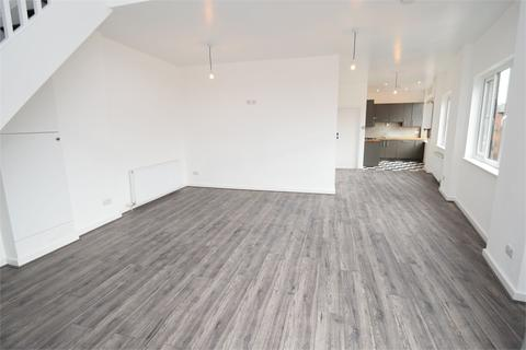 2 bedroom flat to rent - Lowfield Road, Shaw Heath, Stockport, Cheshire