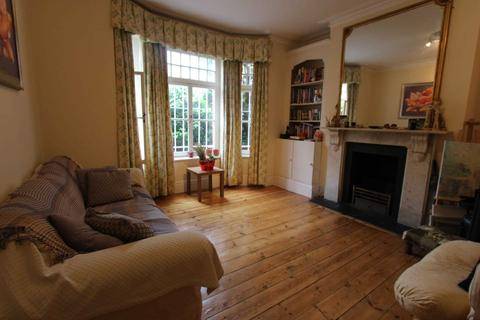 2 bedroom apartment to rent - Avenmore Gardens, West Kensington, W14 8RU