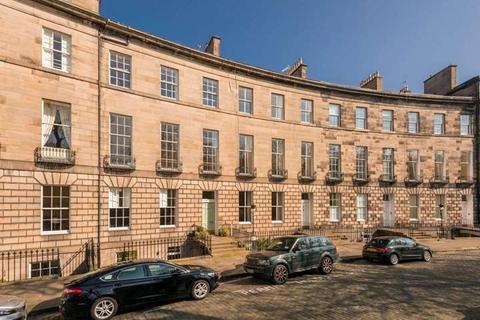 2 bedroom flat to rent - Royal Circus, New Town, Edinburgh, EH3 6SR