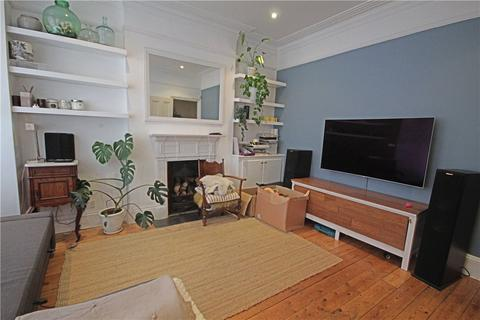 2 bedroom apartment to rent - Glenfield Road, London, SW12