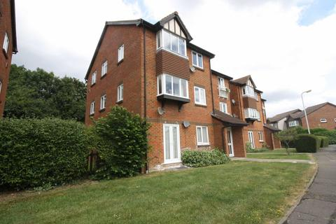 2 bedroom apartment to rent - Rabournmead Drive, Northolt