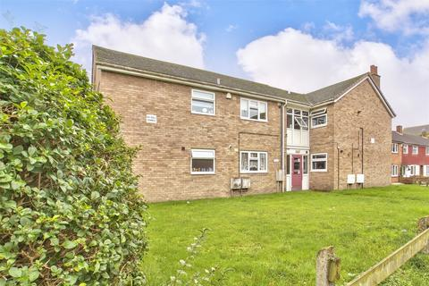 2 bedroom flat for sale - Browns Square, St. Neots