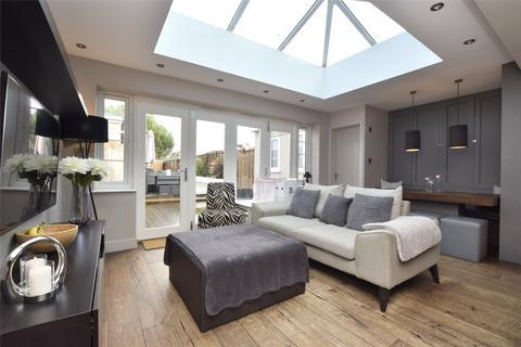 3 bedroom semi-detached house for sale - Gays Road, Hanham, Bristol, BS15