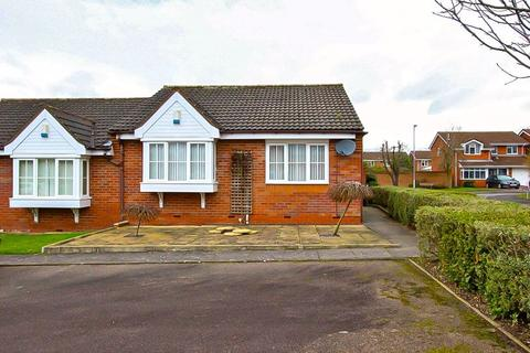 2 bedroom semi-detached bungalow for sale - Ambleside Grove, Coppice Farm, Willenhall