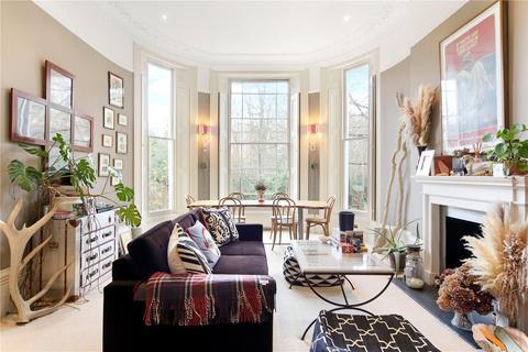 1 bedroom flat for sale - Weller Court, 66-68 Ladbroke Road, Holland Park, London, W11