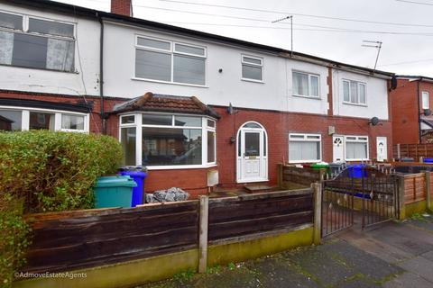 3 bedroom semi-detached house to rent - Milford Drive, Burnage, M19 2SA