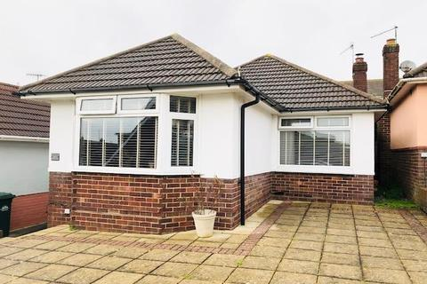 2 bedroom detached bungalow to rent - North Lane, Portslade