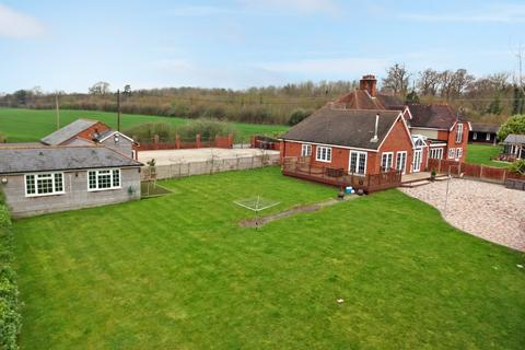 3 bedroom semi-detached house for sale - Private Road, Chelmsford, Chelmsford, CM2