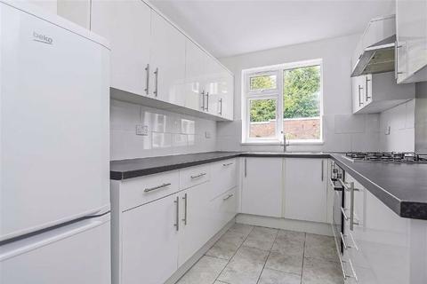 3 bedroom flat for sale - Windermere, Beckenham, Kent