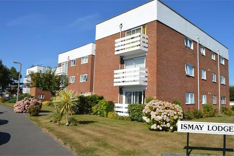 3 bedroom apartment to rent - Heighton Close, BEXHILL ON SEA, TN39