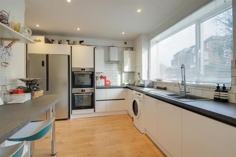 3 bedroom house to rent - Littlewood, London