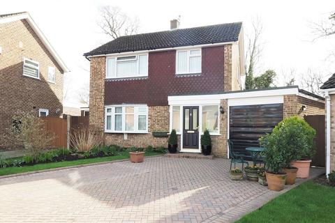 3 bedroom detached house for sale - Mallings Drive, Bearsted, Maidstone
