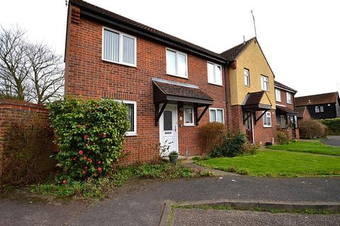 2 bedroom end of terrace house for sale - Hermes Drive, Burnham-On-Crouch