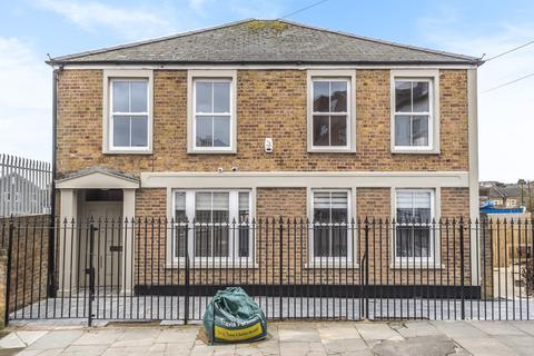 1 bedroom flat for sale - Malham Road London SE23