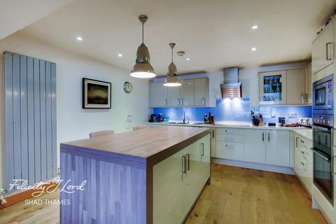 3 bedroom apartment for sale - Cinnamon Wharf, Shad Thames, London, SE1
