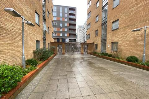 1 bedroom ground floor flat to rent - Moore House, Cassilis way E14