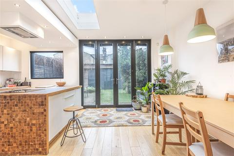 3 bedroom end of terrace house for sale - Rowley Road, Harringay, London, N15