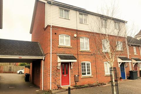 4 bedroom semi-detached house for sale - Imperial Way, Singleton, Ashford, Kent, TN23