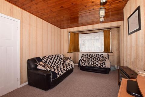 3 bedroom terraced house for sale - Woodstock Way, Mitcham, Surrey