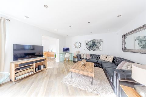 3 bedroom semi-detached house for sale - Littell Tweed, Chelmsford, Essex, CM2