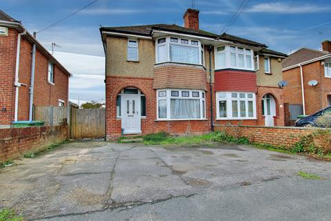 3 bedroom semi-detached house for sale - Brookwood Road, Southampton