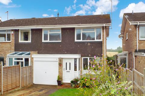 4 bedroom semi-detached house to rent - The Pyghtles, Wollaston, Northamptonshire, NN297QD