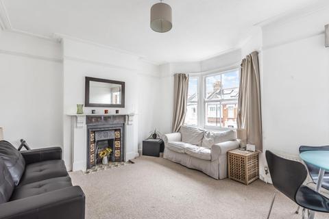 2 bedroom flat for sale - Rudloe Road, Clapham South