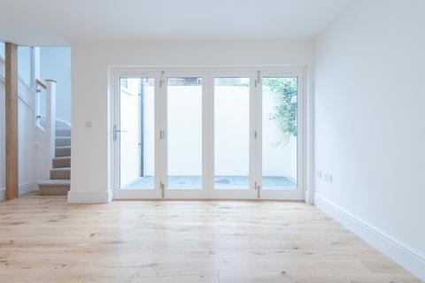 2 bedroom detached house for sale - Farm Road, Hove, East Sussex, BN3