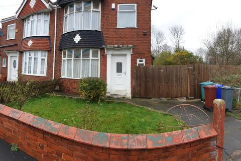 3 bedroom property to rent - Smedley Road, Cheetham Hil, Manchester